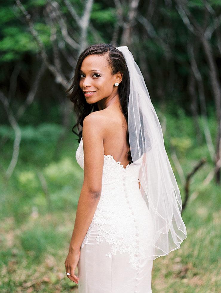 36 Beautiful Modern Nails With Bombastic Design: 36-Beautiful-Bride-portrait-by-Toronto-wedding
